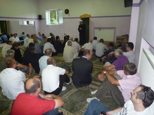 peto-muftijevo-predramaznsko-srecanje-s-clani-islamske-skupnosti-2